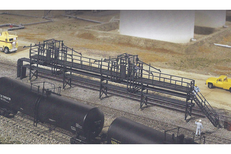 Tank Car Oil Loading Platform