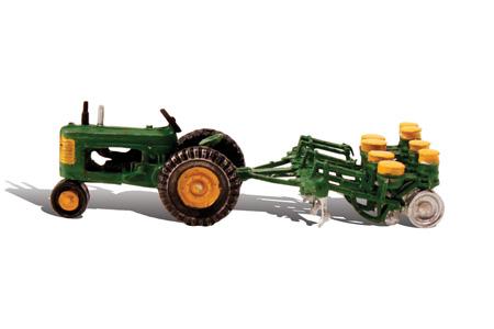 Auto Scenes® Tractor & Planter